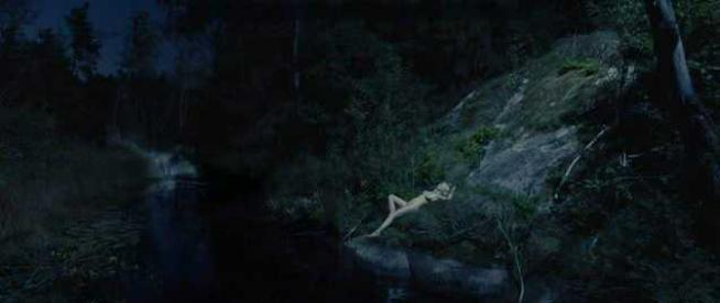 naked Kirsten Dunst